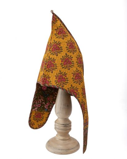 Lama Hat ( Yellow Gud Mangal Buti/ Bronze Jungli) ( 6-8 Years)