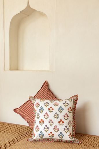 Pique Cushion Cover 40 X 40 Cms