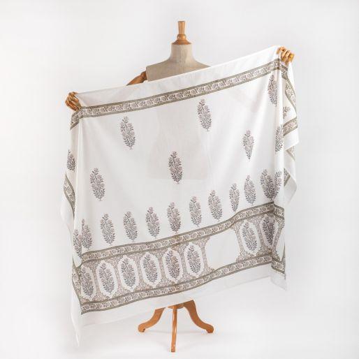 PAREO (sarong)