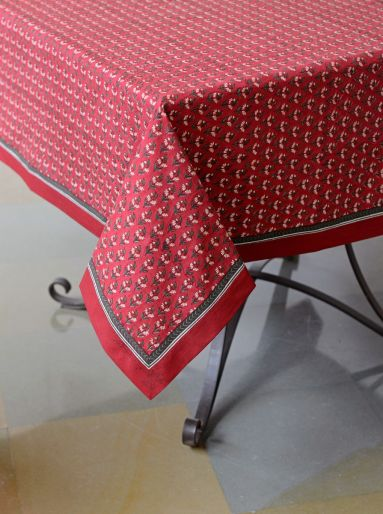 RED ALICE TABLECLOTH