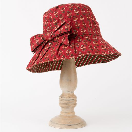 Yukyoung Hat (Alice Buti On Red)