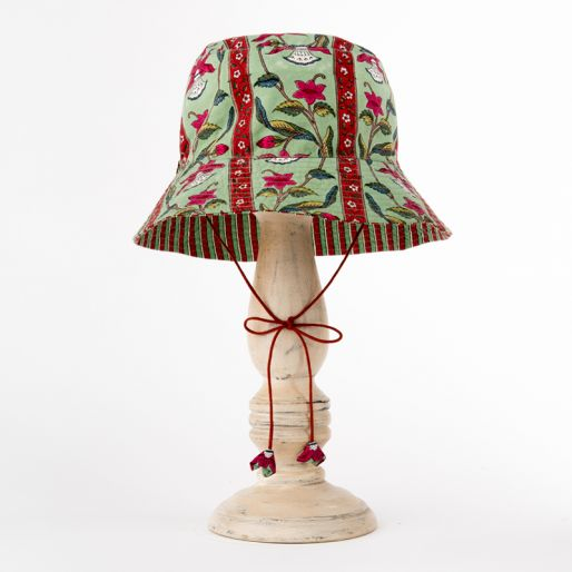 Girl Hat (Daffodil Stripes Green -Red)